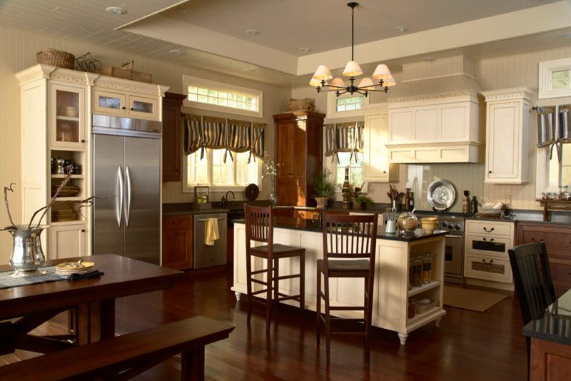 Coggin for a Traditional Kitchen with a Kitchen Cabinets and Medallion Cabinets by Coggin Brothers, Inc.
