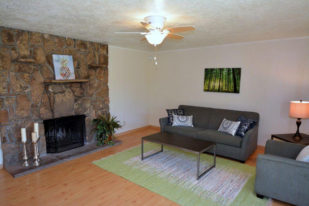 Craigslist Albuquerque Furniture for a Transitional Spaces with a Staging a House for Sale and Home Staging Photos 12404 Morrow Drive Ne by Map Consultants, Llc