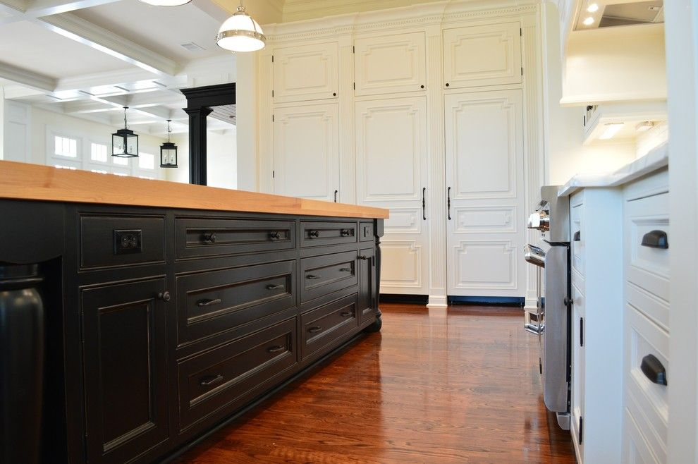 Craigslist Houston Appliances for a Transitional Kitchen with a Stainless Steel Appliances and Mary Ross Colonial Estate by Factory Builder Stores
