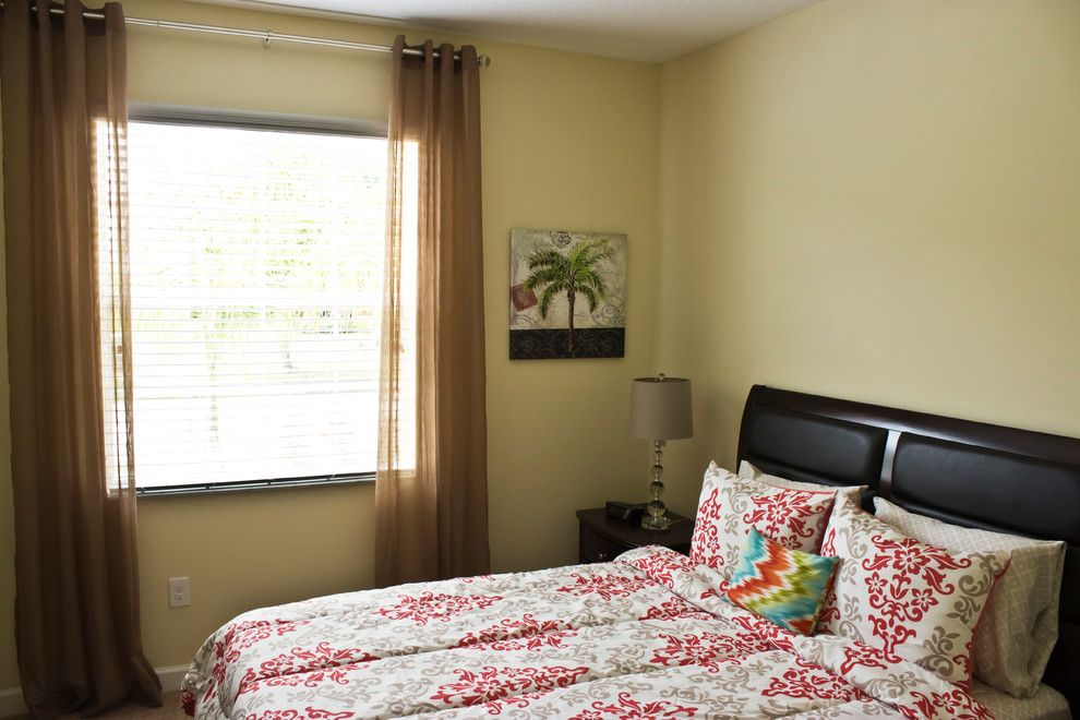 Craigslist Orlando Furniture for a Contemporary Bedroom with a Great Room and Vacation Home by Migdalia's Furniture