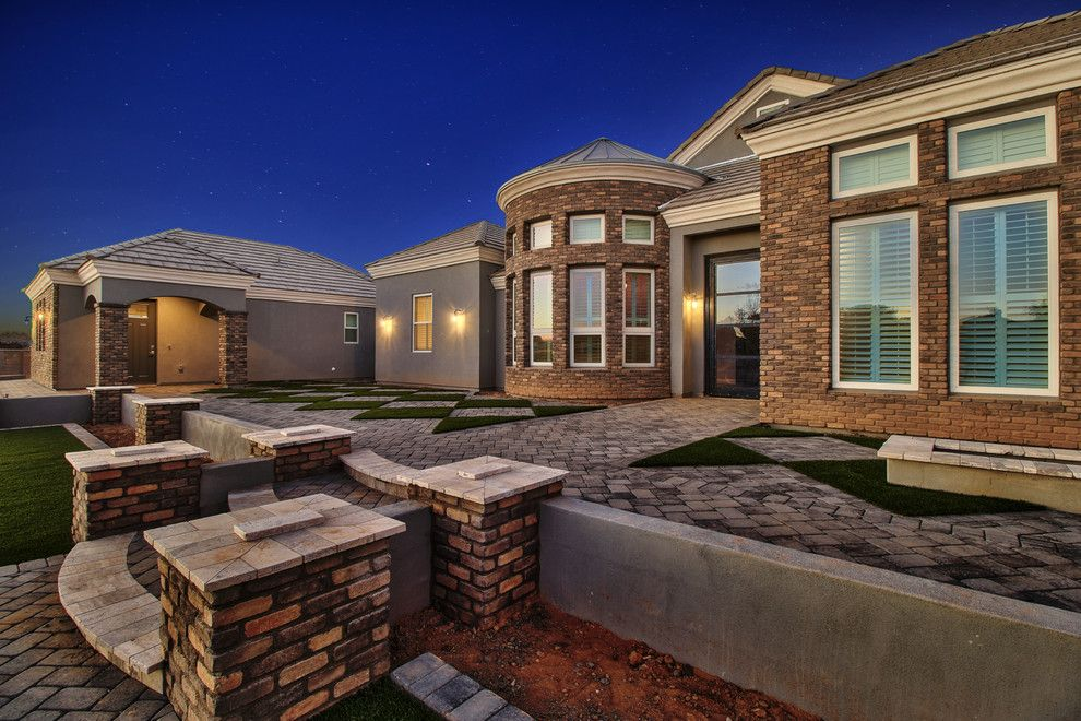 Cutigers for a  Spaces with a Custom Home Builders Arizona and Weinburg by Starwood Custom Homes