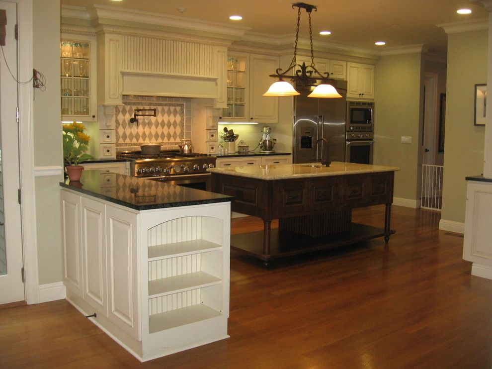 Danmar for a Traditional Kitchen with a Hutch and Wilmington 2 by Danmar Cabinet Company