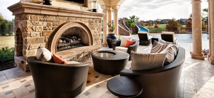 Dedon for a  Patio with a Pillars and Italian Elegance by JAUREGUI Architecture Interiors Construction