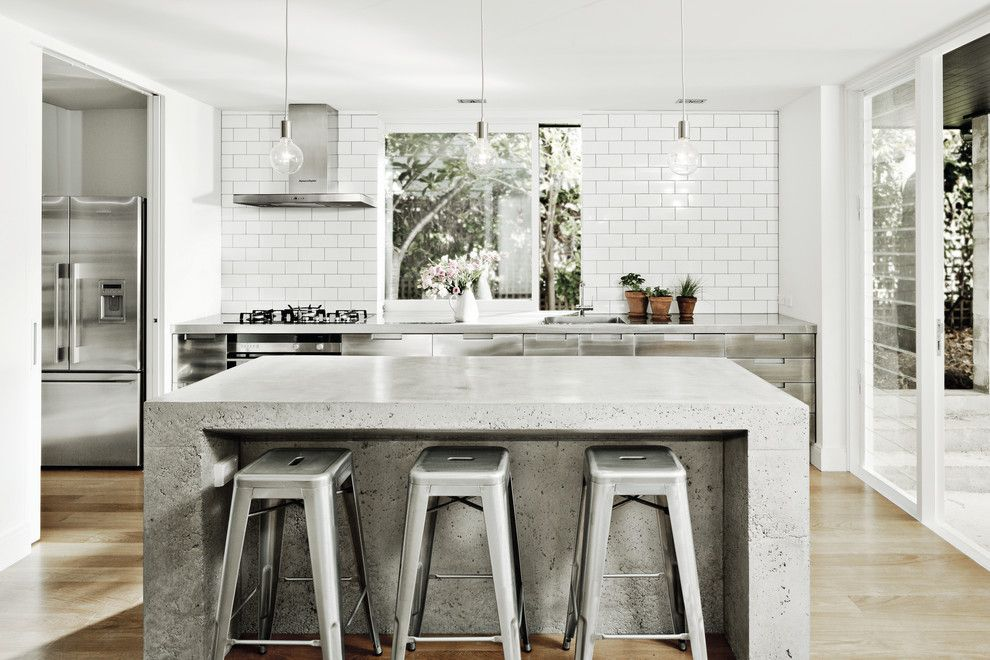 Deephaven Mn for a Contemporary Kitchen with a Subway Tile and Fisher & Paykel by Fisher & Paykel