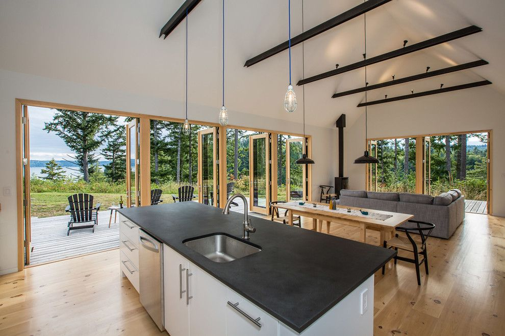 Diamond Residential Mortgage for a Rustic Kitchen with a Open to Deck and the Coyle by Prentiss Balance Wickline Architects