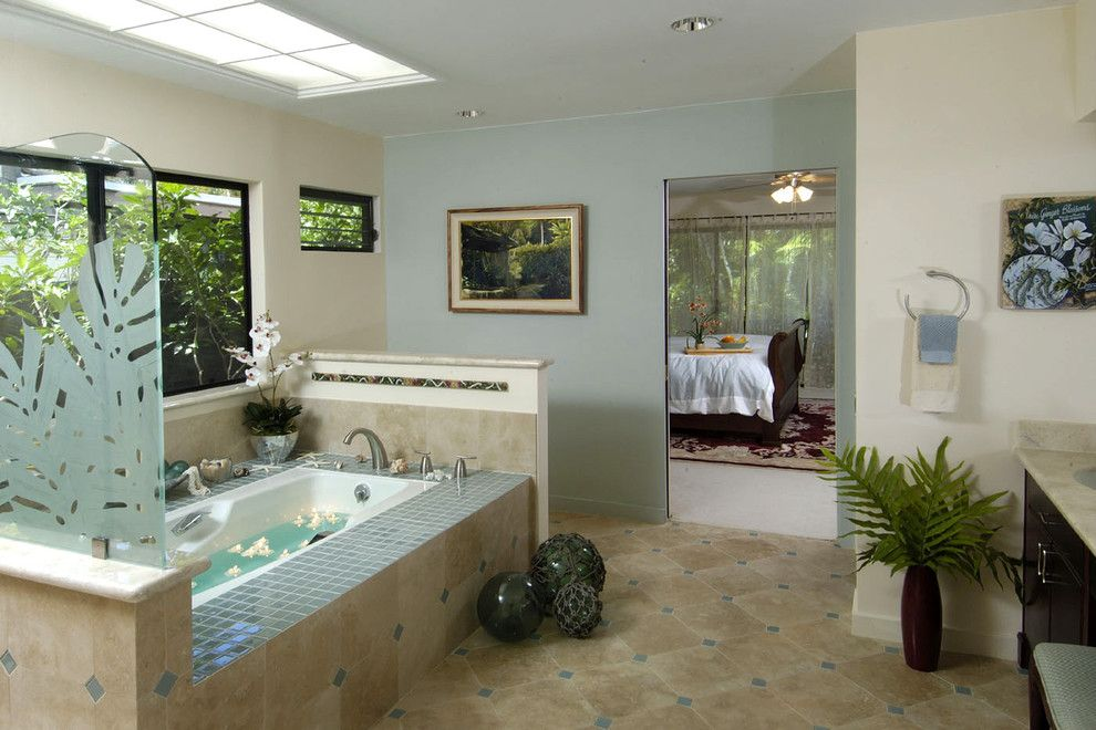 Diamond Vogel Paint for a Tropical Bathroom with a Recessed Lighting and Hawaii Kai Harmony by Archipelago Hawaii Luxury Home Designs