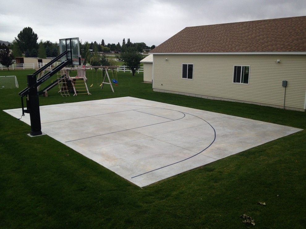 Dimensions of a Basketball Court for a Traditional Landscape with a Driveway Basketball Hoop and Andy T's Pro Dunk Diamond Basketball System on a 44x30 in Pocatello, Id by Pro Dunk Hoops