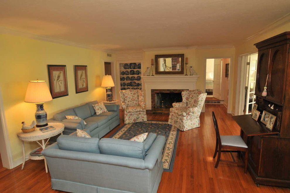 Dr Horton Orlando for a Traditional Living Room with a Traditional and 2912 Lake Shore Dr ~ Orlando, Fl 32803 by Florida One Real Estate
