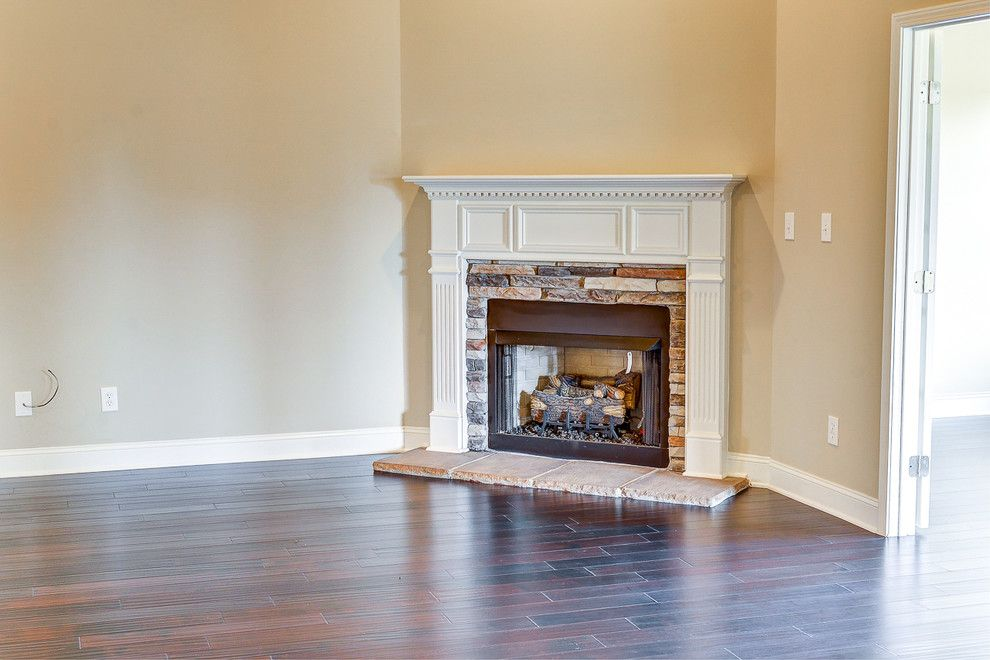 Dr Horton Tampa for a Traditional Spaces with a Hardwood Flooring and Baker's Farm   202 Linmont Street by D.r. Horton Huntsville