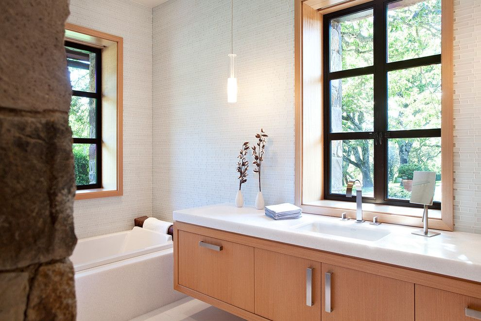 Duravit Usa for a Contemporary Bathroom with a Glasse Vase and Fieldstone Guest Cottage by De Meza + Architecture