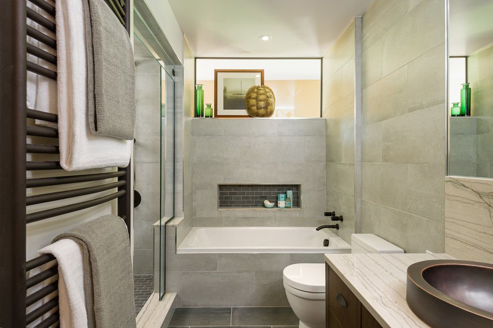 Duravit Usa for a Modern Bathroom with a Duravit and Bathroom Renovations by Astro Design    Ottawa by Astro Design Centre