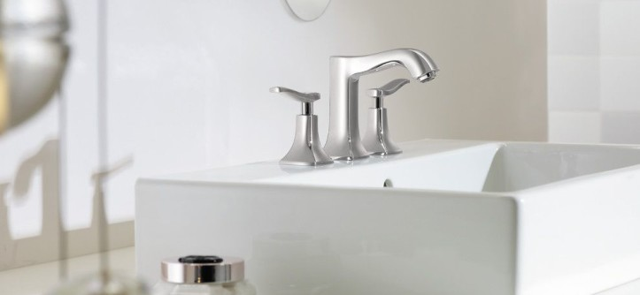 Duravit Usa for a Modern Bathroom with a White Countertop and Hansgrohe by Hansgrohe USA