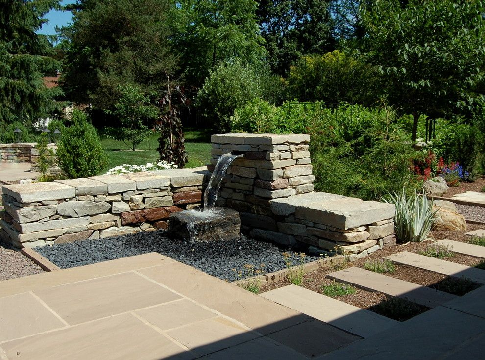 Earthscapes for a Traditional Landscape with a Design and Gidman by Earthscape - Landscape Design & Build