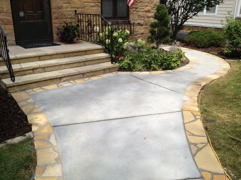 Eden Prairie Appliance for a Traditional Landscape with a Sitting Walls and Concrete and Stone Front Walkway in Edina by English Stone