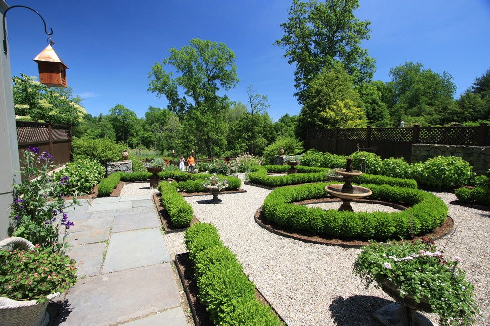Edens Garden for a Traditional Landscape with a Fountain and Formal Garden by Conte & Conte, Llc