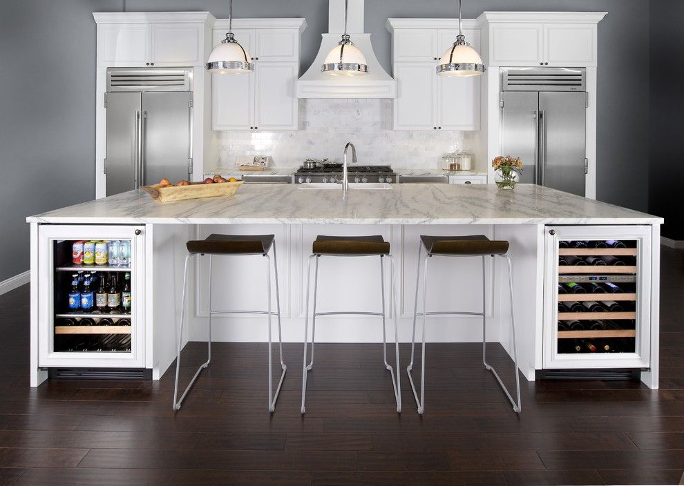 Emkay for a Traditional Kitchen with a Traditional and True Residential by True Residential