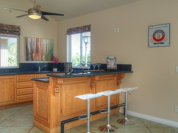 Enterprise Simi Valley for a Traditional Home Bar with a Home Stager and Simi Valley Special by Delicious Decors