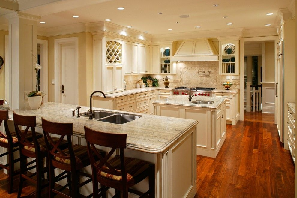 Everlast Roofing for a  Kitchen with a Designer and General by Everlast Construction
