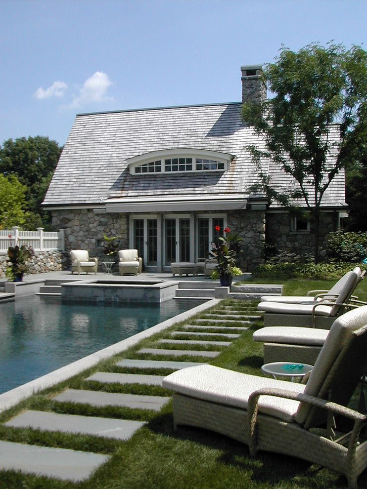 Eyebrow Arch for a Traditional Pool with a Step and Shwa by Samuel H. Williamson Associates