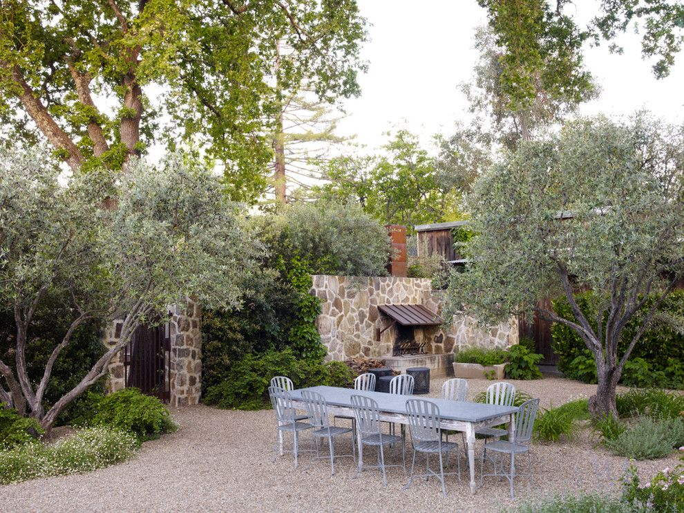 Farmstead St Helena for a Traditional Landscape with a Stone Wall and St. Helena Rural Contemporary by Roche+Roche Landscape Architecture