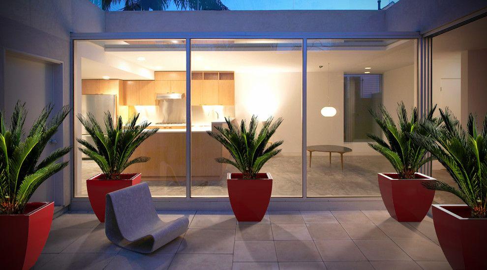 Fiberglass Specialties for a Contemporary Deck with a Planter 43 Colors and Monaco Planter (L20