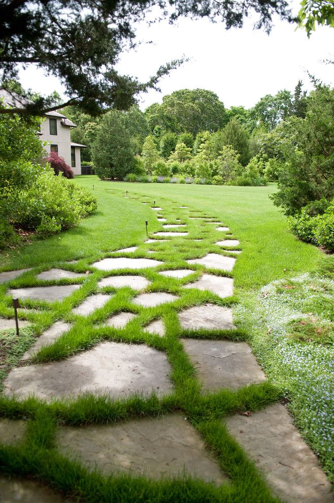 Flatstock for a Contemporary Landscape with a Path and Actor's Colony North Haven Village New York by Lear & Mahoney Landscape Associates