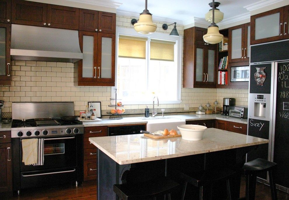 Friv4 School for a Traditional Kitchen with a Traditional and Kitchenlab by Rebekah Zaveloff | Kitchenlab