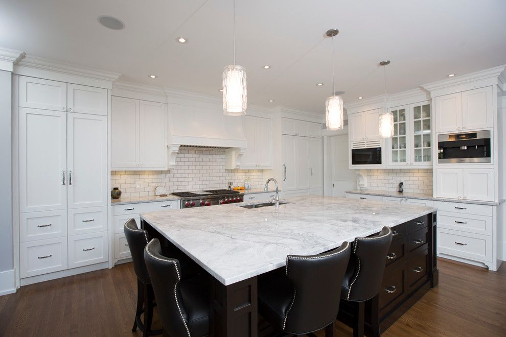 Gemcraft Homes for a Transitional Kitchen with a Large Kitchen Island and Elboya by Stonebridge Crafted Homes