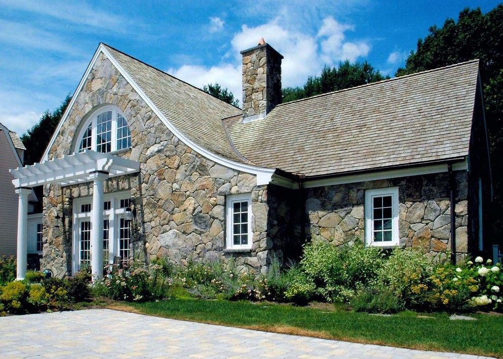 Glass House New Canaan for a Traditional Exterior with a Windows and Needham Studio   Dphj.06 by David Phillips