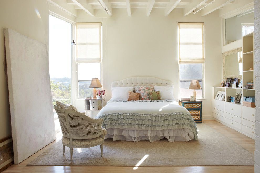 Goldsteins Furniture for a Shabby Chic Style Bedroom with a Sun Light and Neunsinger Residence by Juan Felipe Goldstein Design Co.
