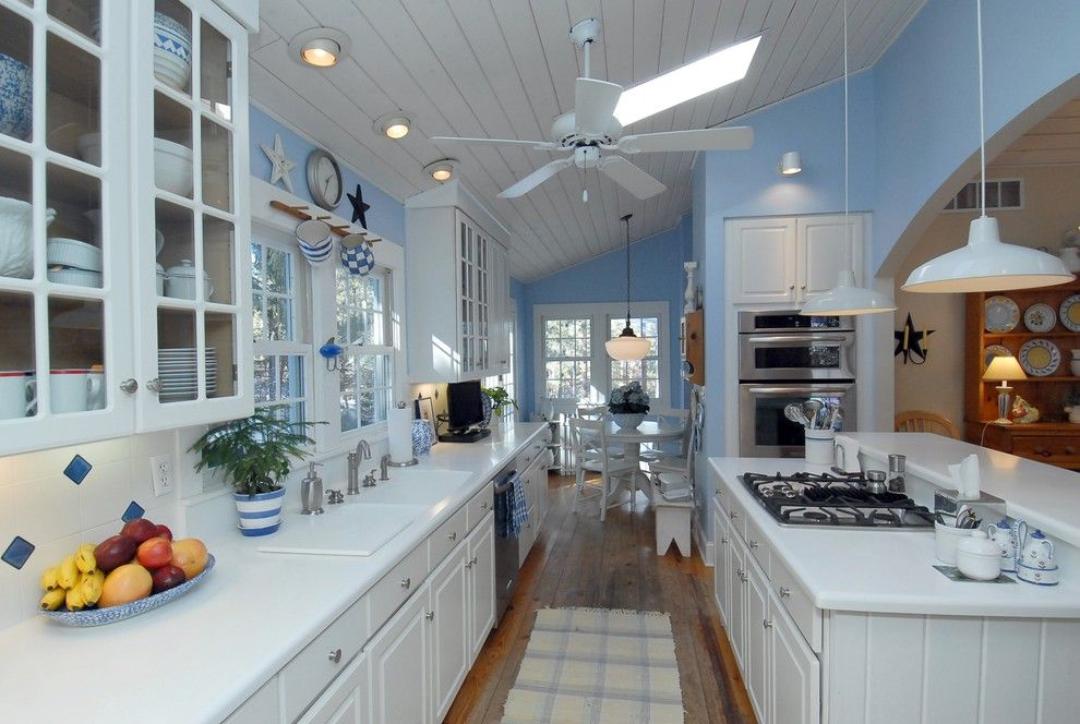Grandview Heights Schools for a Eclectic Kitchen with a Pendant Lighting and Doll House by Emw Architecture