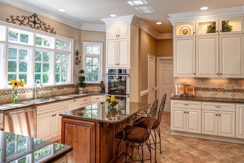 Grimesland Nc for a Traditional Kitchen with a Large Windows and Glynmoor Lakes Kitchen by Case Design/remodeling