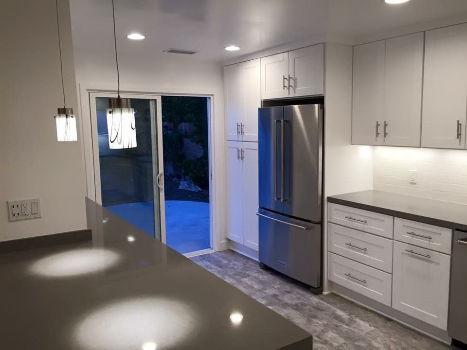 Hahn Appliance Warehouse for a Contemporary Kitchen with a Stainless Steel Stove and Custom Kitchen Cabinets by Northridge Cabinet Warehouse