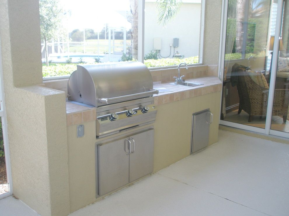 Hearth and Grill for a Traditional Spaces with a Traditional and Outdoor Kitchens by American Grill & Hearth