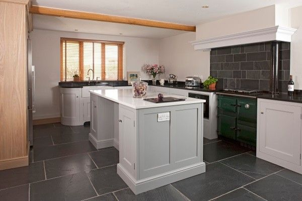 Hob Knob for a Traditional Kitchen with a Venetian Blinds and Pensham by Symes Interiors