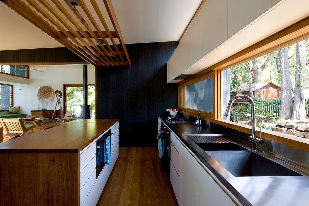 Home Decor Liquidators for a Contemporary Kitchen with a Zero Radius Sink and Ozone House by Matt  Elkan Architect