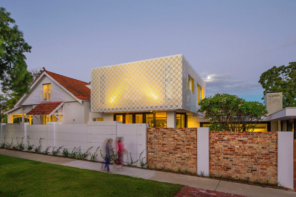 Home Improvement Cast for a Contemporary Exterior with a Exposed Brick and Hamersley Road by Studio 53