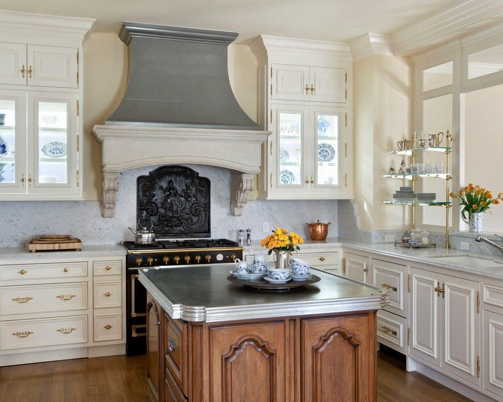 Home Improvement Cast for a Traditional Kitchen with a Granite and Kitchens   Traditional by Diamond Homes, Inc.