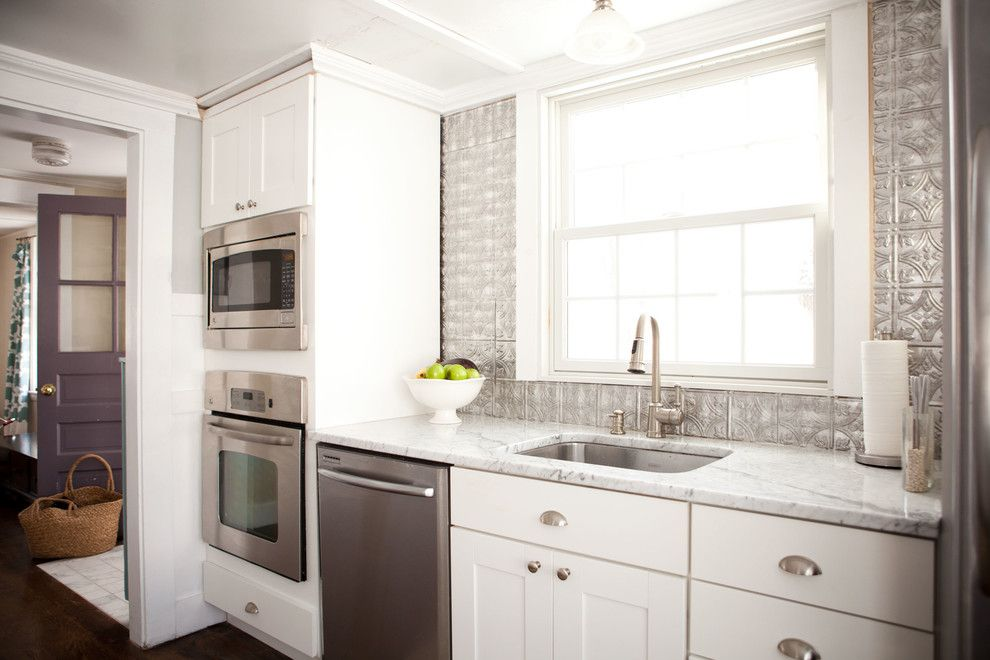 Homedepotess for a Traditional Kitchen with a Silver Backsplash and Jen Migonis by Theresa Fine