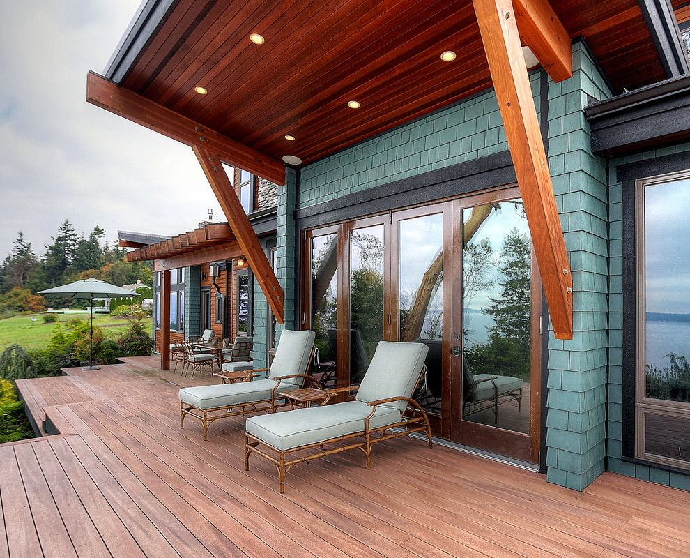 Hooks Chicken and Fish for a Craftsman Deck with a Blue Shingle Siding and Woodlawn Road by Dan Nelson, Designs Northwest Architects