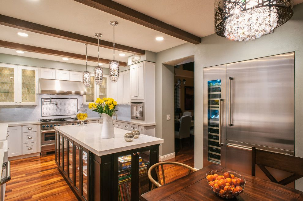 Hop Trellis for a Modern Kitchen with a Recessed Lighting and Thermador by Thermador Home Appliances