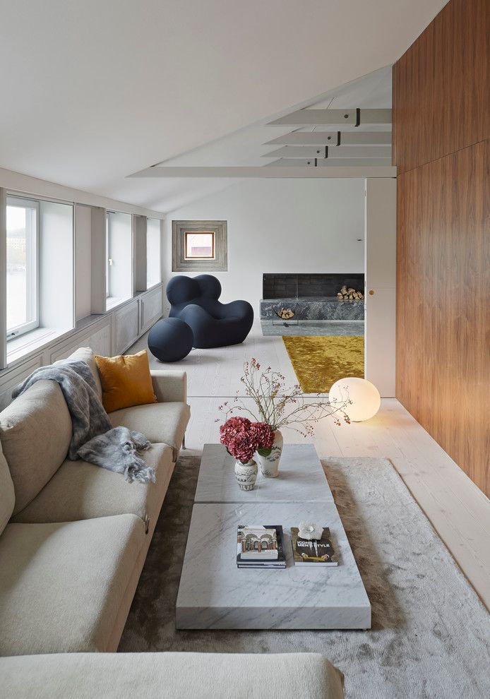 How to Dry Hydrangeas for a Modern Living Room with a Lgt Bord and a Loft by Trigueiros Architecture