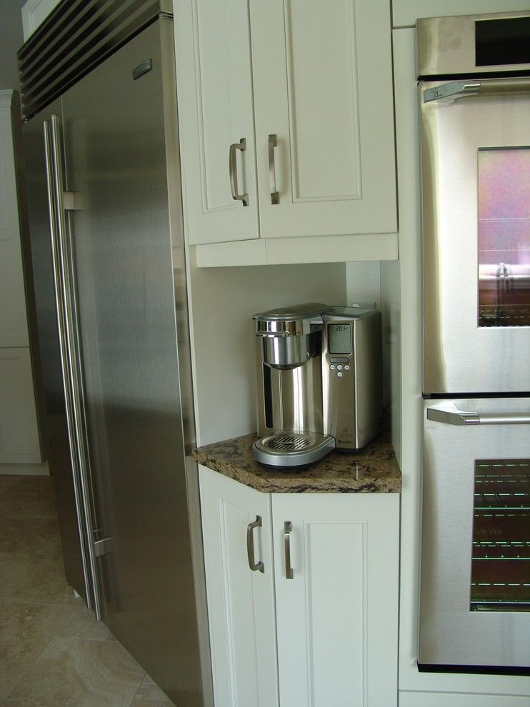 How to Fix Garbage Disposal for a Transitional Kitchen with a Under Mount Sinks and Mississauga Residence by Roma Kitchens & Design Centre