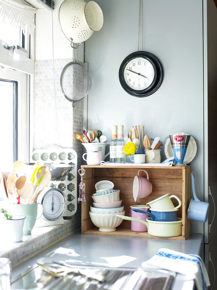 How to Fix Hole in Drywall for a Eclectic Kitchen with a Baking Tools and Home for Now Book by Joanna Thornhill (Cico Books, 2014) by Joanna Thornhill Interiors