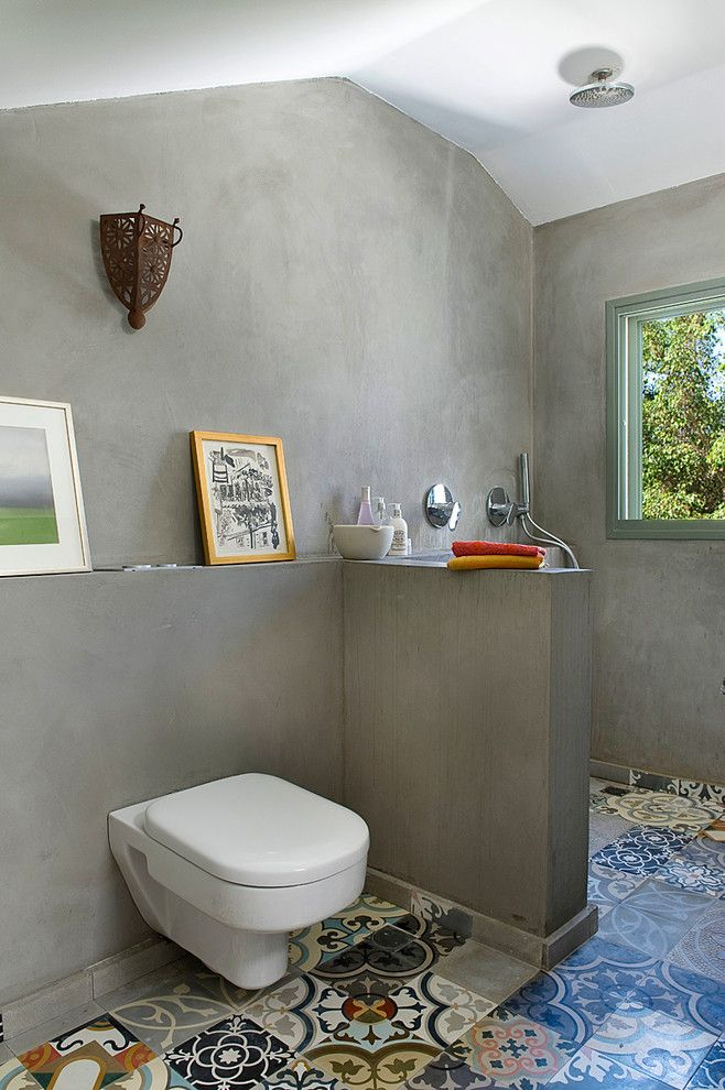 How to Hang Pictures on Plaster Walls for a Eclectic Bathroom with a Tankless Toilet and House N by Dana Gordon + Roy Gordon: Architecture Studio