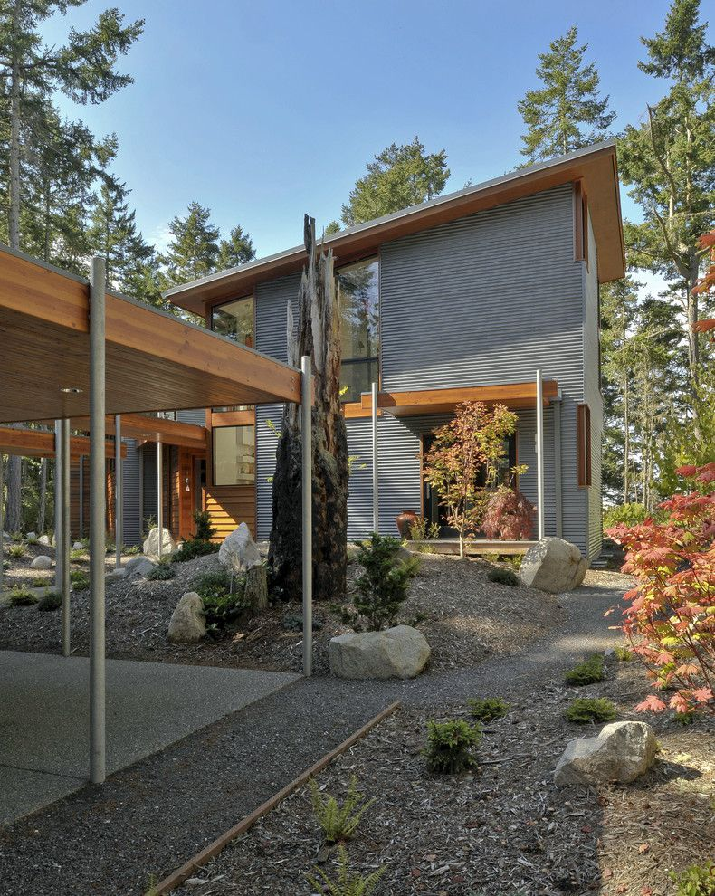 How to Paint Aluminum Siding for a Contemporary Exterior with a Rock and Lopez Island Residence by David Vandervort Architects
