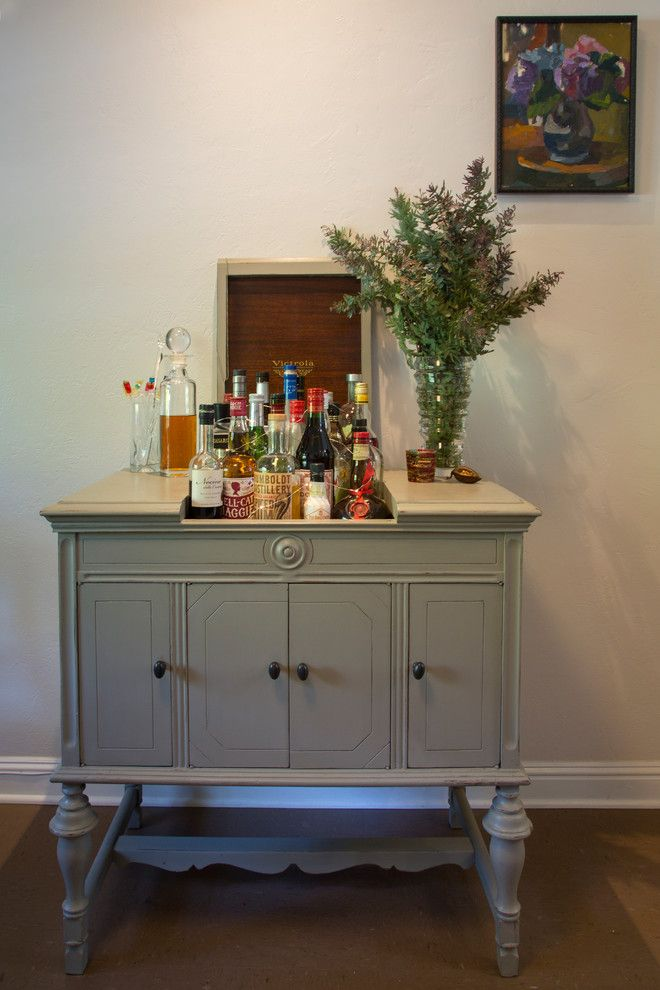 How to Use Annie Sloan Chalk Paint for a Eclectic Dining Room with a Eclectic and My Houzz: A 1941 Diy Cottage Update — Aided by a Lending Library by Margot Hartford Photography