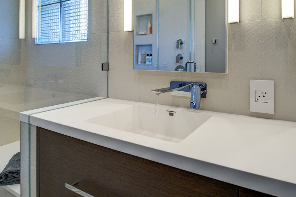 Infiniti Thousand Oaks for a Modern Bathroom with a Baldwin and Berkeley Thousand Oaks Modern Master Bathroom by Design Set Match