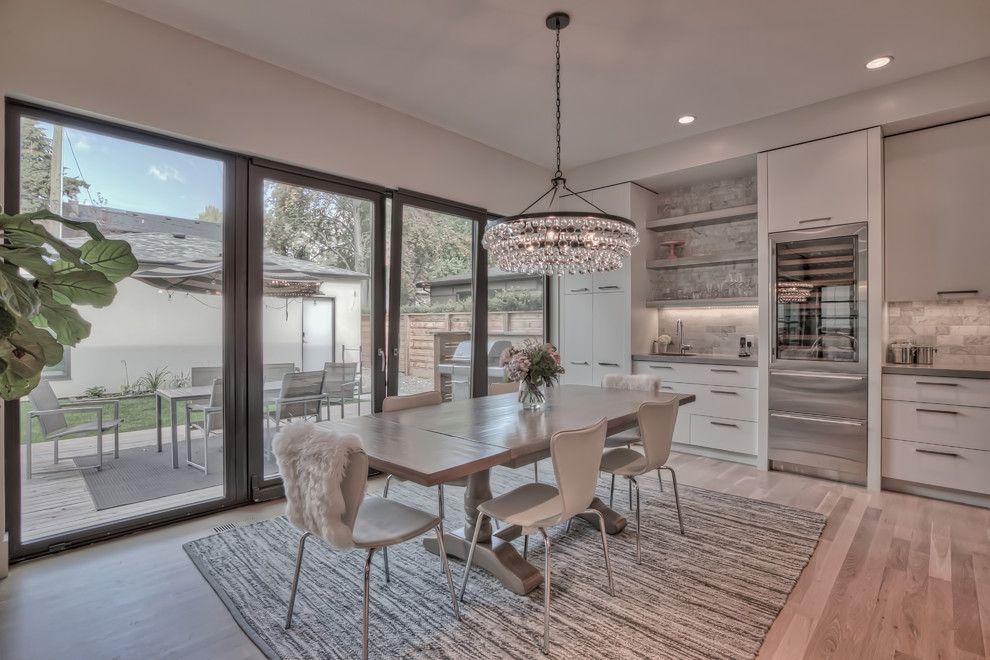 Innotech for a Modern Dining Room with a Doors in Dining Rooms and Dining Rooms   Brighten Your Meal by Innotech Windows + Doors