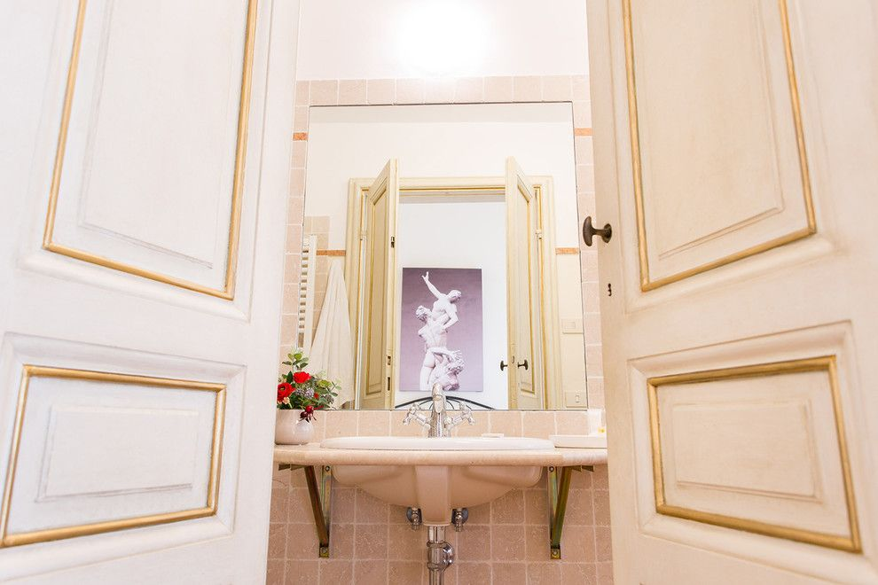 Ippolitos for a Traditional Spaces with a Traditional and Hotel Palazzo Gentili   San Severino Marche (Mc) by Luca Ippolito